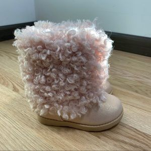 Cat & Jack Blush Pink Shag Boots Sz 6 Kids Toddler